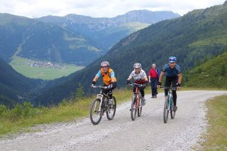 Mountainbiken_obertilliach.jpg